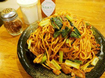 官公庁街の1.4kgスパゲティ! 霞ヶ関『ロメスパバルボア』で「焼きスパゲティメガ盛」を食べてきた
