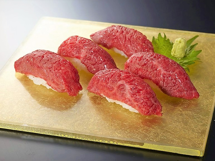 『霞町三○一ノ一(東京)』の「肉寿司」