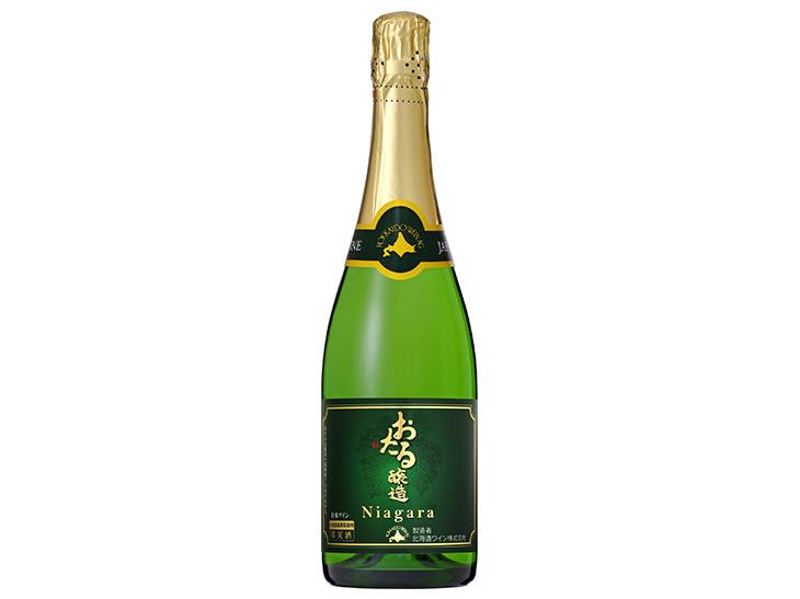 北海道『おたるワイン』の「おたるナイヤガラスパークリング」一杯500円