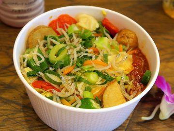 食べるだけで南国気分! 「成城石井」のシンガポールフェアの惣菜&デザートの本気度がスゴい