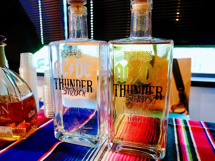 AC/DC THUNDER STRUCK レポサド(サンダーストラック)