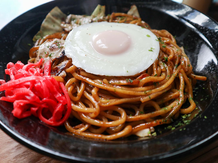 「スーパー焼き麺」(800円)