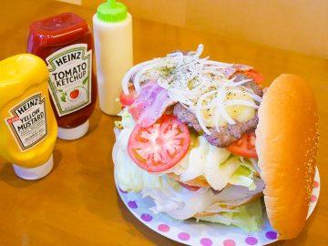 横須賀『LAUNA(ラウナ)』で約2kgの巨大バーガーを食べてきた!