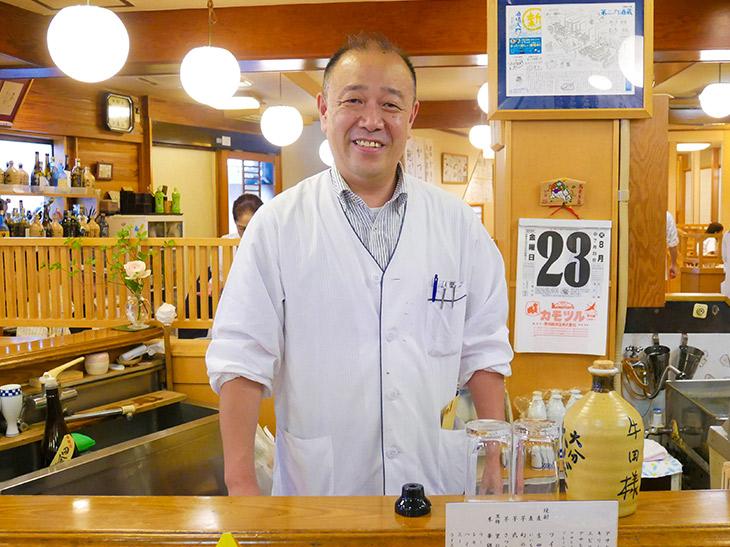 取締役専務&お店の顔の黒田哲郎さん。黒田さんの顔を見たさに店に通うお客さんも