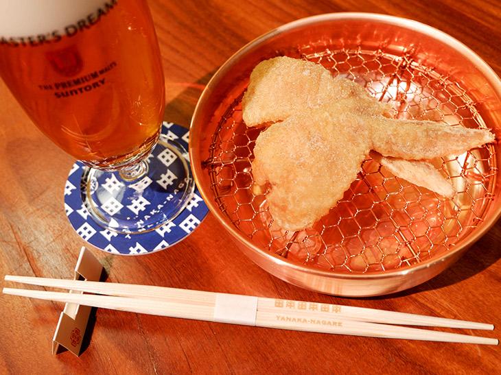 塩、コショウ、肉のうま味に後押しされてビールが止まらなくなります