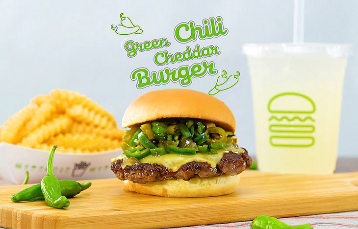 「Green Cili Cheddar Burger(グリーンチリチェダーチーズバーガー)」 シングル840円、ダブル1140円