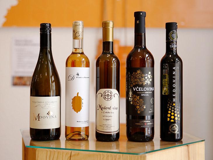 ワイン好きならきっとハマる! チェコで話題のハチミツ酒「メドヴィナー」って知ってる?