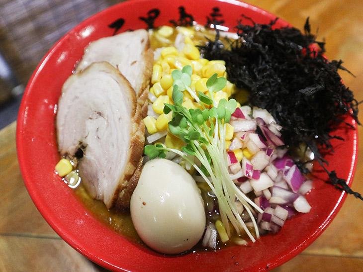 ラーメン激戦区・神保町に新進気鋭の蟹みそラーメン『石黒商店』が誕生! さっそく食べてきた