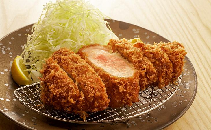 「特ロースかつ定食」2400円