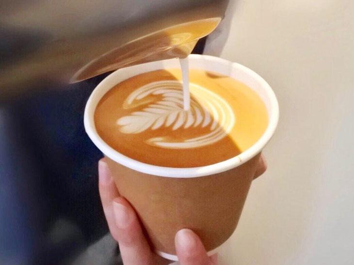 「ドリップコーヒー」450円~