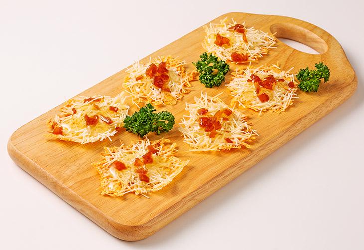 奈良漬けとそうめんのはちみつピザ