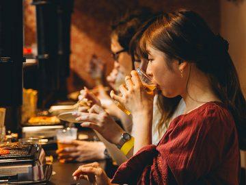 """美食と美酒が男女の出会いを誘う!? 「渋谷肉横丁」で""""出会いのはしご酒""""イベントが今年も開催"""
