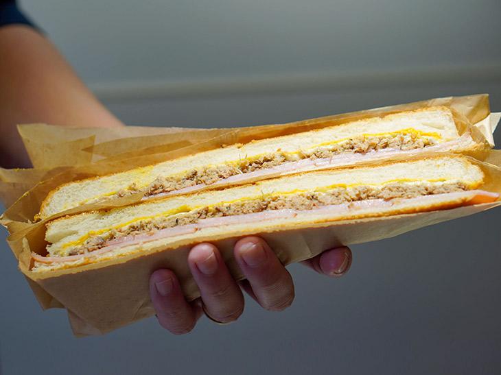 『サンセットビア FC』の「キューバンサンドイッチ・クラシック」フル1000円、ハーフは500円