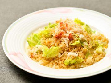 六本木で話題の上海料理『鈴華荘』の絶品「蟹肉入りレタスチャーハン」の作り方を聞いてきた