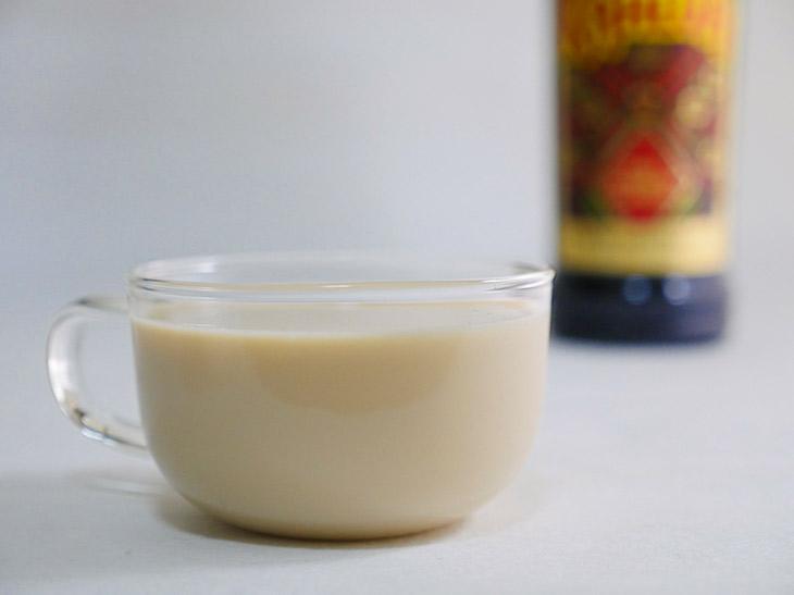 ホットカルーアミルク