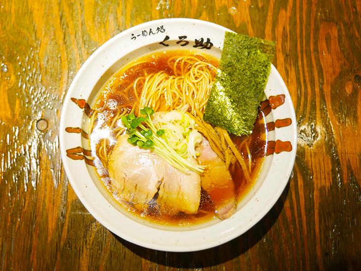 醤油ラーメン(730円)