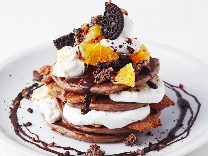 バレンタイン仕様のチョコパンケーキが『J.S.パンケーキ』に登場!その味わいは?
