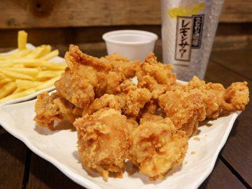 食べ始めると止まらない! 秋葉原のからあげの名店『あげばか』の鶏ももから揚げが旨いワケ