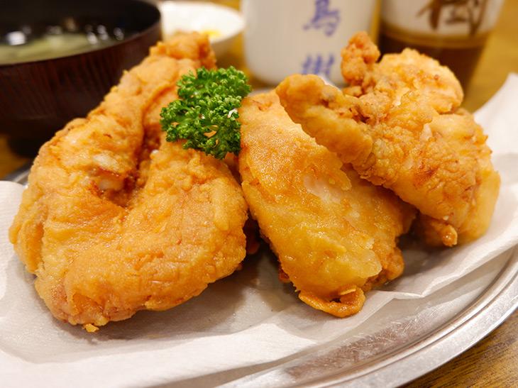 日本酒に合う! 朝〆若鶏のムネ肉を使った『鳥樹』(旗の台)のジューシーからあげを食べてきた