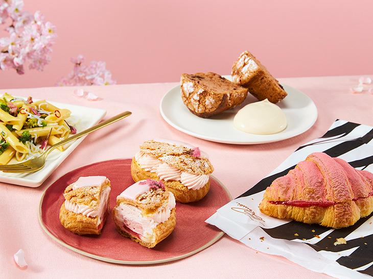 春はもうすぐ! 「スターバックス リザーブ ロースタリー 東京」で味わいたい桜グルメ4選