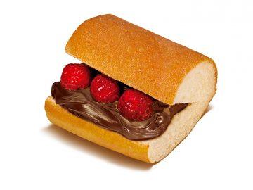 実は日本限定!『サブウェイ』の甘いサンドイッチ「ショコラ&ラズベリー」が期間限定で登場