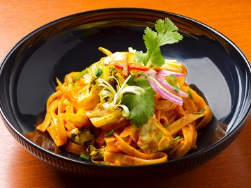 行列の絶えない本格タイ料理店『クルン・サイアム』の姉妹店が六本木にオープン