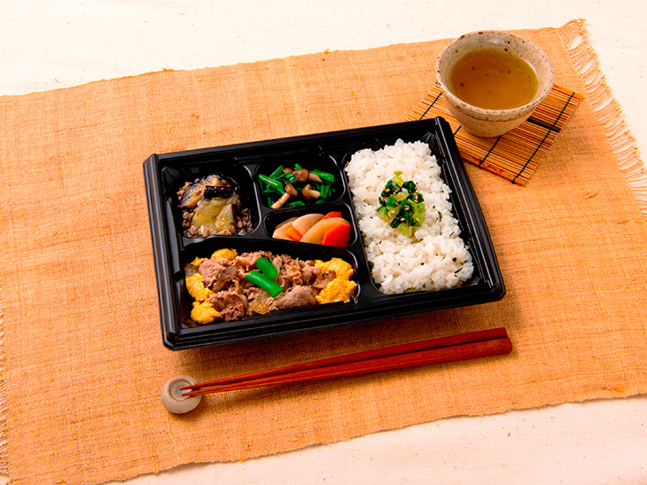 1食あたり390円(税込・宅配料込)