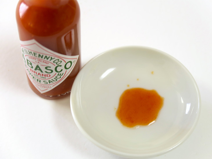 調理後に加えると辛味と酸味が感じられるが、加熱中に加えると酸味が飛び、辛味だけが残る