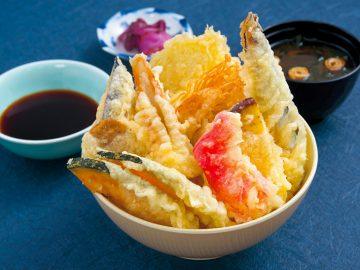 天ぷらのせ放題の天丼が大人気! 『たわら屋』が、静岡の道の駅に登場!