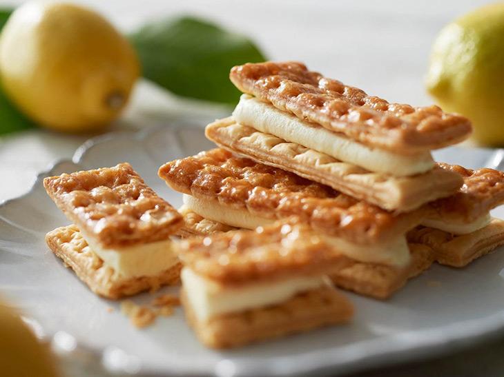レモン感がやみつきに! 新宿『レモンショップ』の「レモンチーズパイサンド」とは?