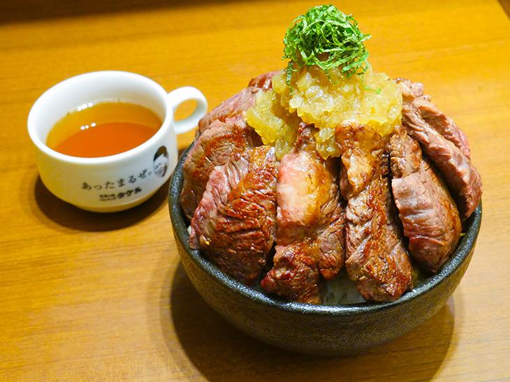 約1.1kg! 『1ポンドのステーキハンバーグ タケル』(秋葉原)でメガ盛りすぎるステーキ丼を食べてきた