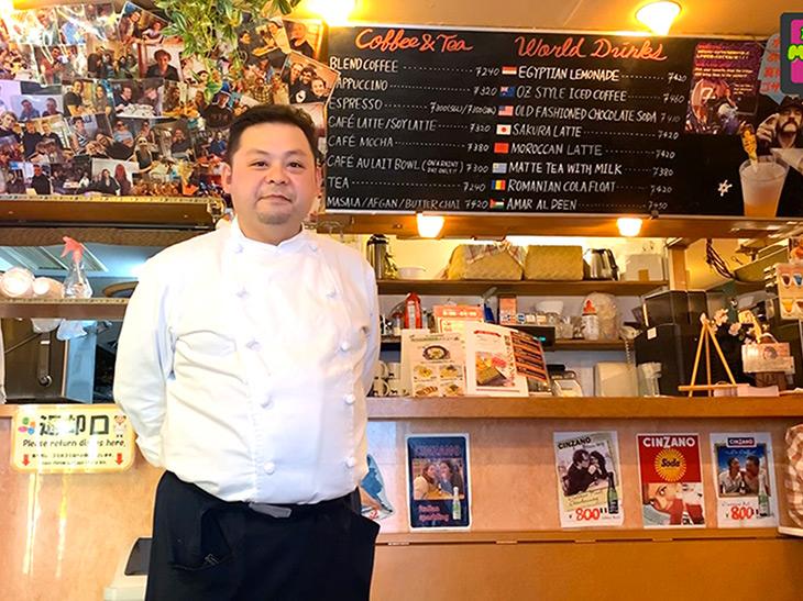 料理人歴14年、パティシエでもある網野正徳シェフ。外国人に大人気のサクラホテルは都内に5店舗を展開するサクラホテル。