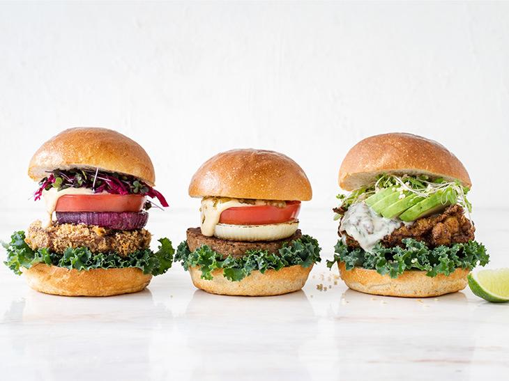 渋谷で味わえる野菜たっぷりのハンバーガー「CITY BURGER」が話題!