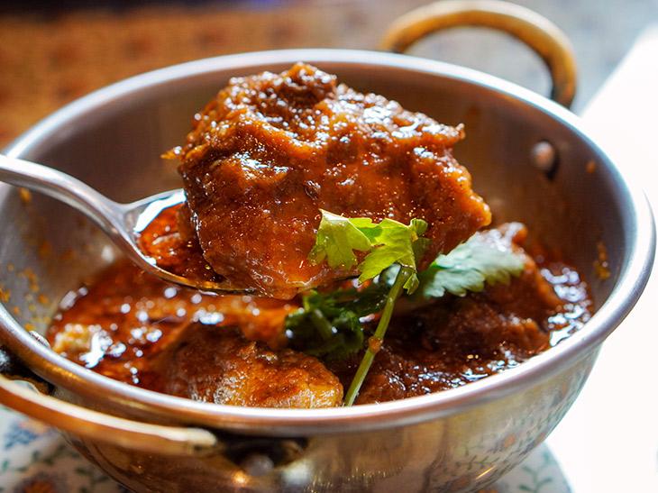 悶絶レベルで旨いパキスタンカレーの名店『ラヒ・パンジャービー・キッチン』に行ってきた