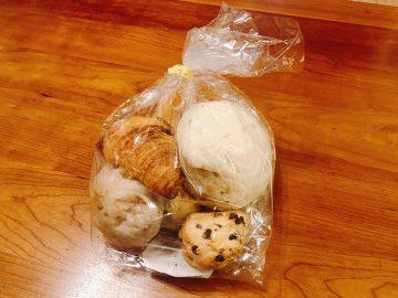 シンプルだから毎日食べられる「成城石井」の自家製パンが人気の理由