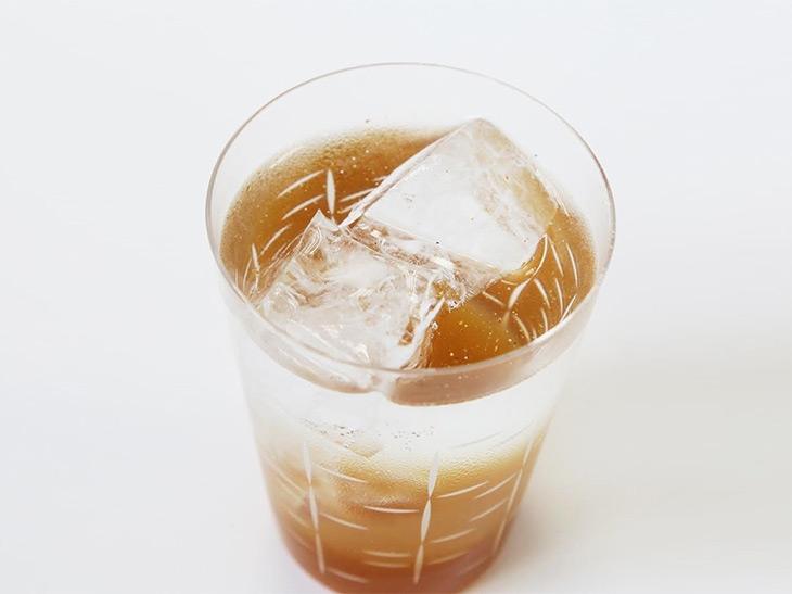 """既存のコーラ飲料とは趣が違う""""極上の美味しさ""""をご賞味あれ!"""