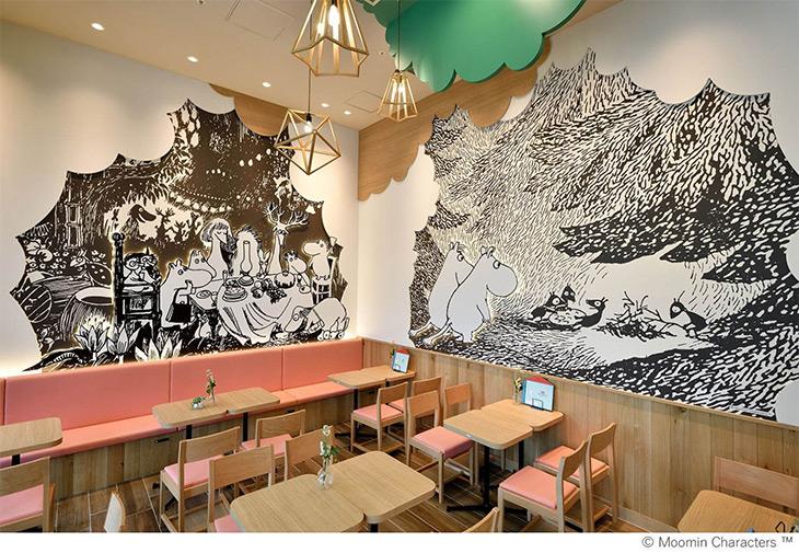 店内では壁面に描かれた『ムーミン』の世界を眺めながら、美味しい北欧料理を楽しむことができます。