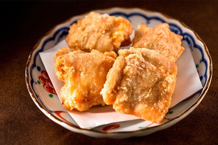 「若鶏の旨味溢れる唐揚げ」4個520円