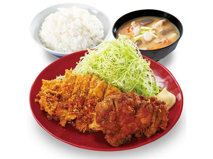 「黒胡椒から揚げとチキンカツの合い盛り定食」690円
