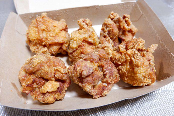 こちらは「伊達ハーブ鶏のもも肉からあげ」(6個960円)