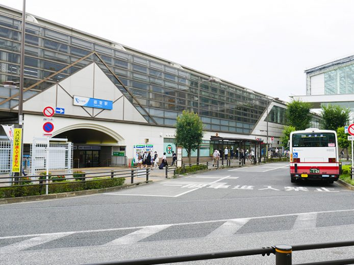 小田急線・経堂駅北口
