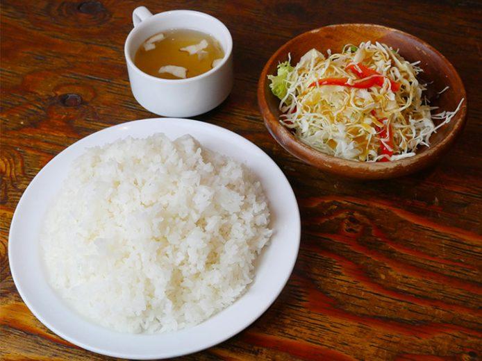 ライスセット510円(特盛)。サラダ&スープの場合280円