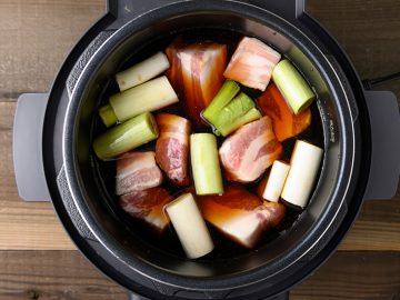 ほったらかしで料理が完成! 料理の手間が省けるおすすめ「電気調理鍋」4選