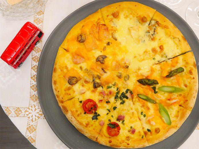 10種のチーズが1枚に!『ドミノ・ピザ』の「ワールド10チーズ・クワトロ」が旨い理由