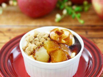 アップルパイ専門店とファミマのコラボスイーツ「アップルコブラー りんご&カスタード」の実力は?