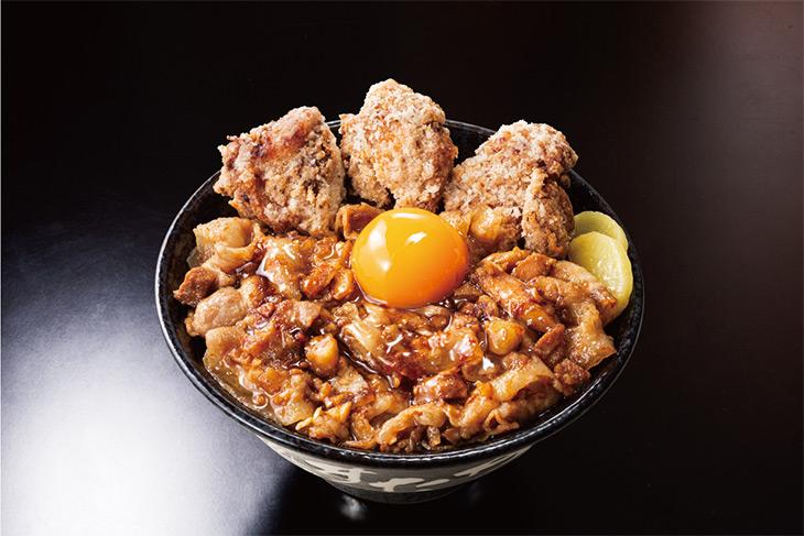 """「唐揚げ合盛り""""肉汁油""""すた丼」1050円(税込)"""