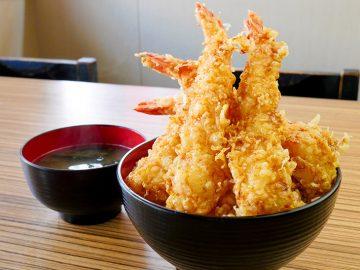 量も価格も至福すぎる!「至福の海老天丼」特盛を『四八天丼』(高幡不動)で食べてきた