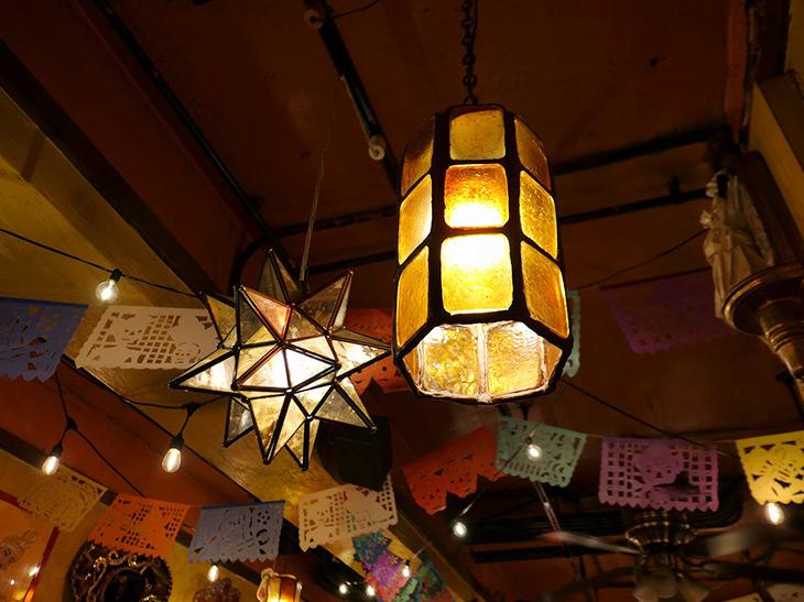 1996年創業。メキシカンな内装に、やや暗めの照明が雰囲気よし