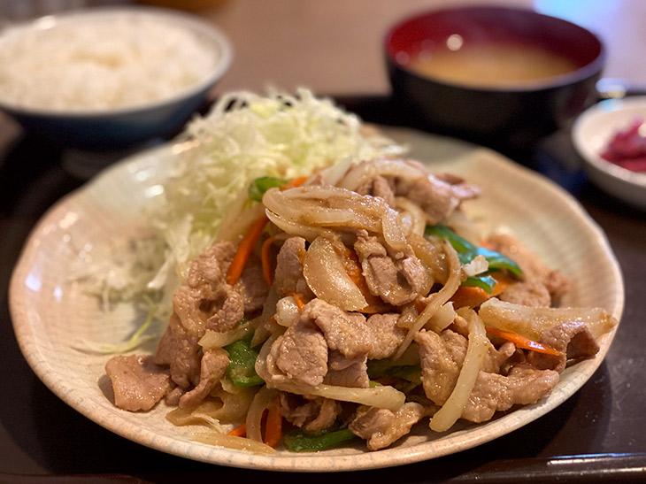 「生姜焼き定食」880円