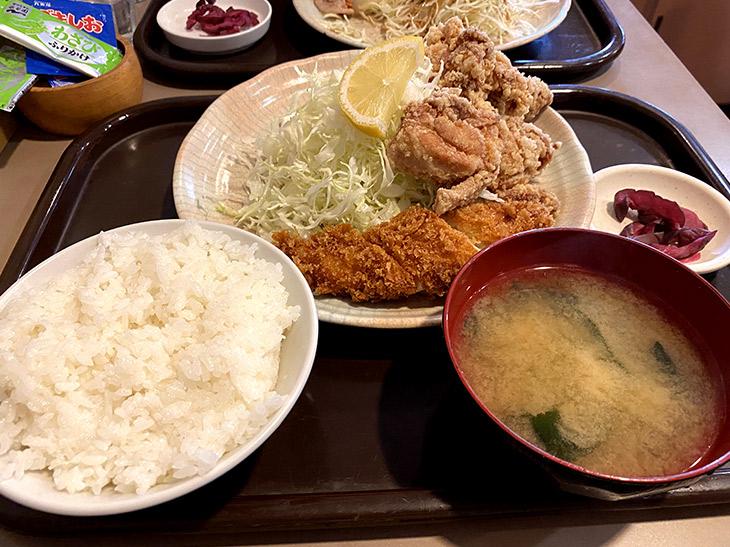 ご飯と味噌汁が美味しい定食